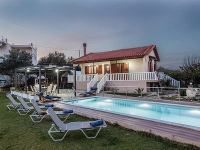 Photo for House Swimming pool 200m near the sea