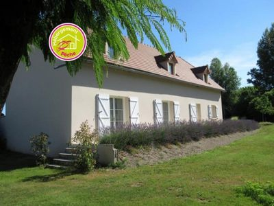 Photo for Gite Vayrac, 4 bedrooms, 8 persons
