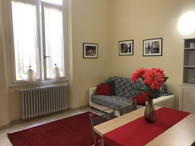"Photo for Apartment ""Red Pearl"" a stone's throw from Duomo and Academy Free Wi-Fi"