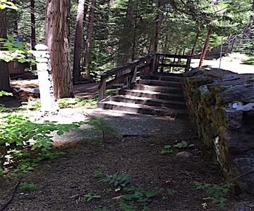 There are stone steps from the parking area to the cabin.