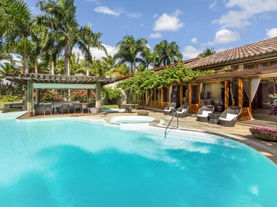 Photo for Contemporary Caribbean Living, Full Staff incl. Cook, Swimming Pool, AC, Free Wifi