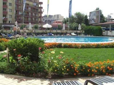 Photo for Home from Home One Bedroom Apartment Central Located Sunny Beach