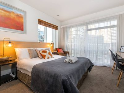 Photo for 1BR Apartment Vacation Rental in Auckland