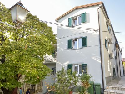 Photo for Apartment Angelina in Karlobag - 6 persons, 2 bedrooms