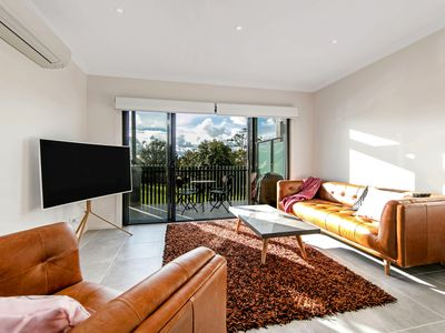 Photo for 2BR Townhome Vacation Rental in Mornington, VIC