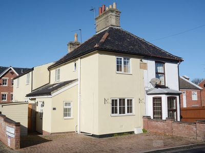 Photo for 3 bedroom property in Lowestoft.