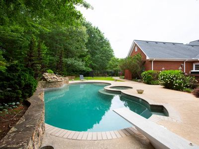 Photo for Stunning Estate 5 Bedrooms Amazing Pool, Atlanta
