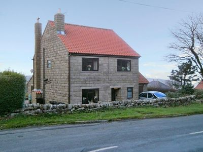 Photo for 4 bedroom property in Robin Hood's Bay. Pet friendly.