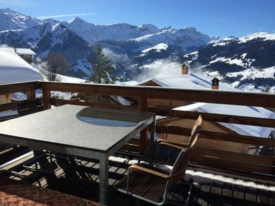 Photo for Apartment Chalet Weitblick in Lenk - 4 persons, 1 bedrooms