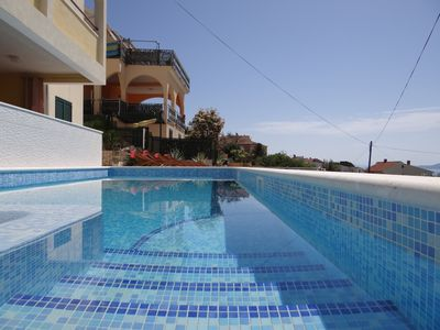 Photo for Stunning sea view apartment with heated swimming pool and jacuzzi ap9