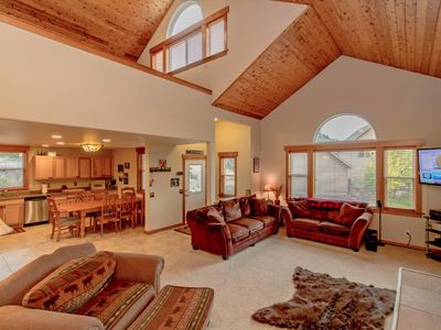 Photo for 3BR Lodge Vacation Rental in Ronald, Washington