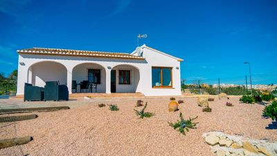 Photo for QUIET HOLIDAY VILLA WITH PRIVATE POOL AND VIEWS TO THE SEA AND THE MOUNTAIN IN BENISSA