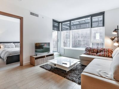 Photo for D9 - Gorgeous 1 Bedroom in Newer Yaletown Building