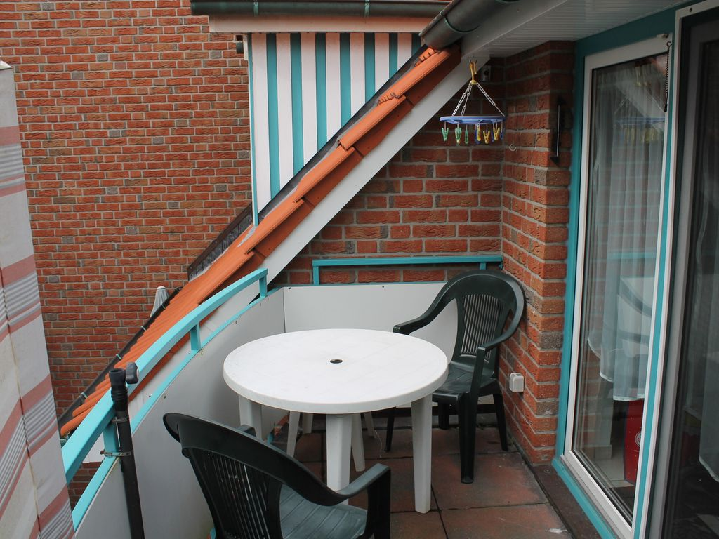 New exclusive apartment in the village quiet location for Balcony booking