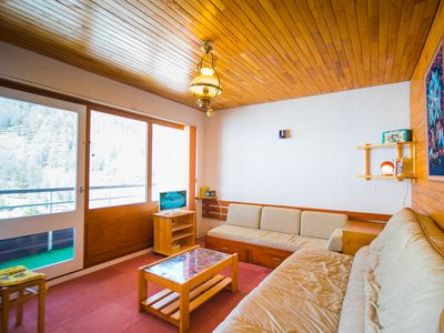 Photo for 1BR Apartment Vacation Rental in Vars