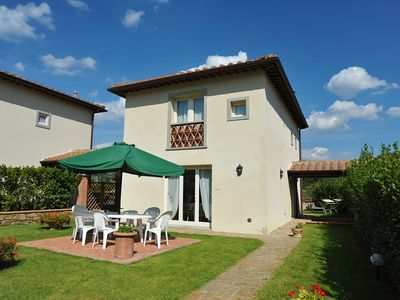 Photo for Villa for 6 people with pool in the Chianti area