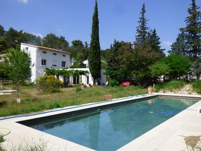 Photo for Superb house in the garrigue at the gates of Nîmes.