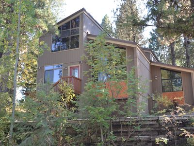 Photo for Great Location, Cozy Modern Space, Private Hot Tub