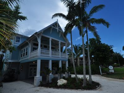 Photo for Southern style home, close to Gulf Beaches, heated pool