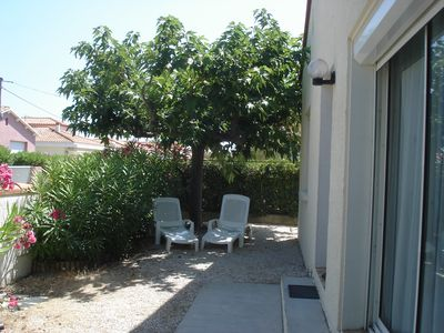Photo for House 5 people, shaded garden, quiet area, beach 150 m