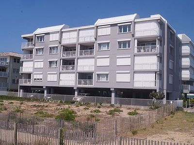 Photo for Sungate 402-Oceanfront 77th St, Free WiFi, Elev, W/D, AC