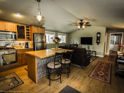 Photo for 1BR Apartment Vacation Rental in Mariposa, California