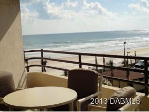 Photo for Fabulous Oceanfront Condo