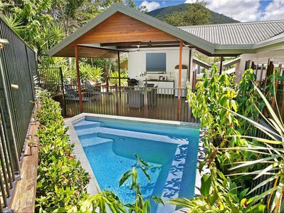 Private mineral plunge pool