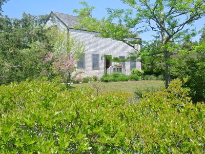 Family beachhouse in Miacomet .  Rents Sun. to Sun. in  Summer 6/25-9/10/17