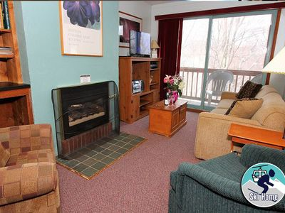 Great couples getaway condo w/ shuttle to Slopes/Ski home
