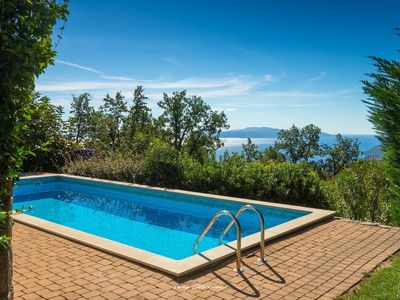 Photo for Lovely villa with pool and a sea view near Opatija