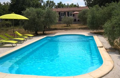 Photo for Villa in the heart of green Provence (private pool, 8 people) 2 families