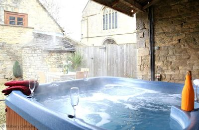 Photo for Little Saxon Barn -  a cottage that sleeps 10 guests  in 4 bedrooms