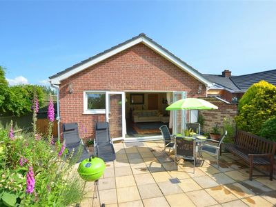 Photo for Oakdene - Two Bedroom House, Sleeps 4