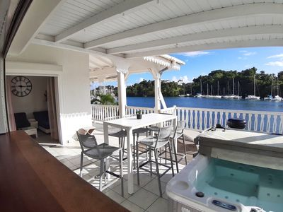 Photo for Superb F4 at the marina with jacuzzi & boat access