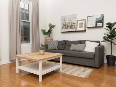 Photo for Central Toronto 2 Bedroom Flat