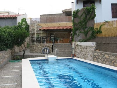 Photo for Villa with private pool garden and BBQ at quiet Cretan village just outside city