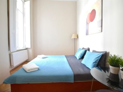 Photo for Apartment in the center of Budapest with Lift, Washing machine (389929)