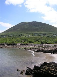 Taobh na Gréine .Relax by  Kells Beach in  Co Kerry .Peaceful location  .