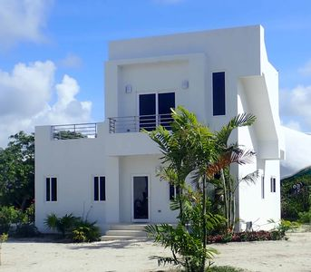 Photo for Mahogany at Bay's Edge - Waterfront • Modern • Fully Equipped • Comfortable