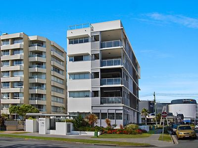Photo for Sands On Greenmount Unit 4 - Beachfront location with ocean views