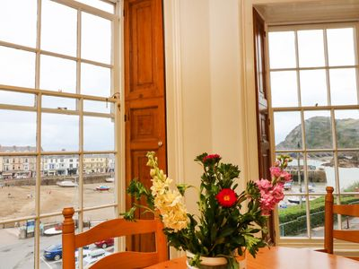 Photo for EXMOUTH, pet friendly, with a garden in Ilfracombe, Ref 915114