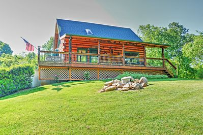 Welcome to your private Claytor Lake getaway!