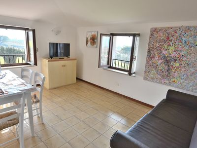 Photo for Apartment Rosa Noisette With Pool - Apartment for 4 people in Lazise