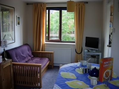 Photo for Studio apartment with free parking in the heart of historic London