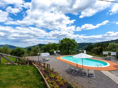Photo for Apartment Gemelle 2 Lucca countryside