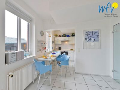 Photo for Charming apartment with huge south facing terrace near the beach!