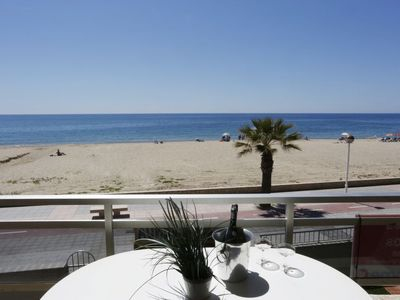 Photo for Apartment Lekeitio in Cambrils - 5 persons, 3 bedrooms
