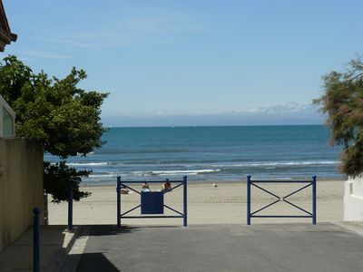 Photo for Studio 2 people in Grau du Roi 10m from the beach.