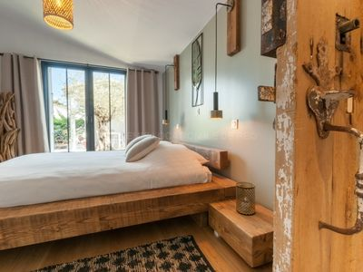 Photo for 85m² modern house, renovated in 2018, for 5 people in La Flotte village